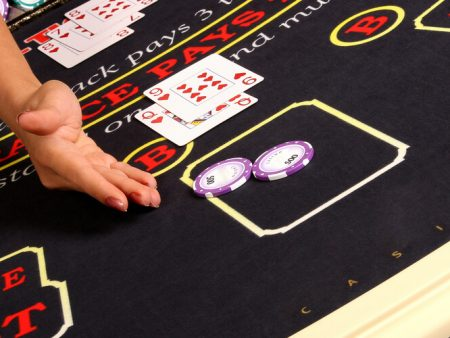 Learn to Play 21 Blackjack in 10 Minutes