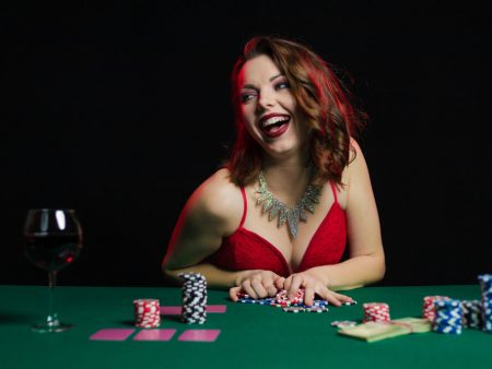 Learn How to Play 21 Blackjack Online in Minutes!