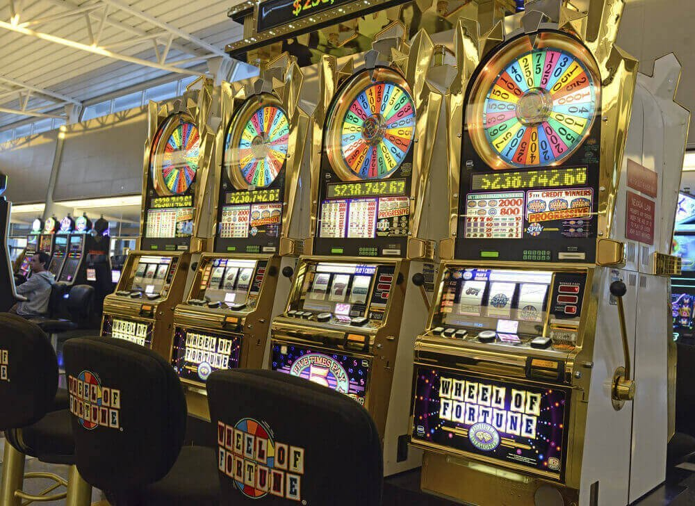 Super M88 Slot Machine