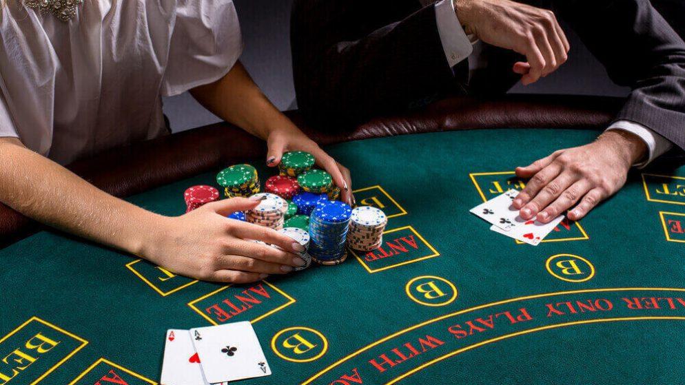 ข้อเสนอ ต้อนรับคาสิโน 22Bet – เพิ่มเงินฝากครั้งแรกของคุณเป็นสองเท่าสูงถึง 250 ดอลล่าห์!