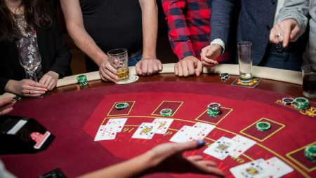 Playing Baccarat Online – Beginner's Guide!